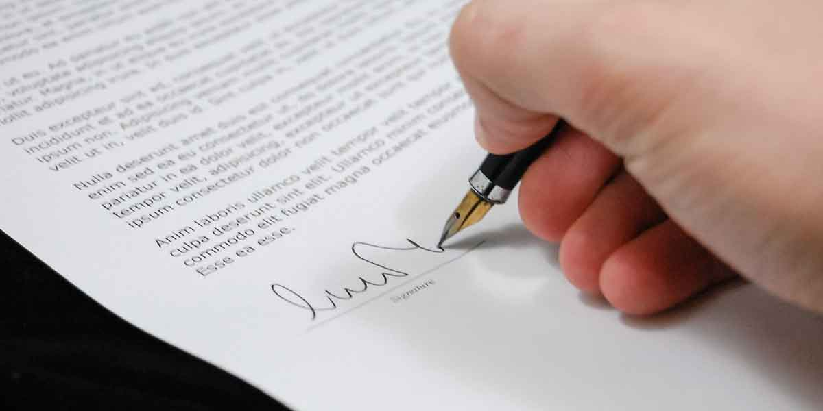 How does a probate attorney simplify the process?